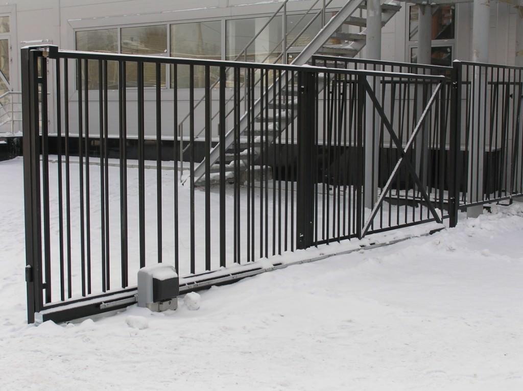 Ворота откатные из профильной трубы
