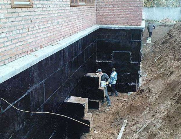 Foundation for waterproofing with mastic