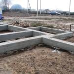 Строительство свайного фундамента с ростверком — пошаговая инструкция