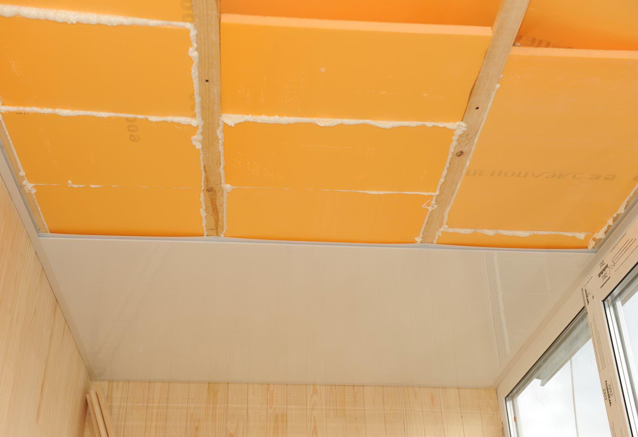 Потолок на лоджии своими руками: материалы и монтаж.