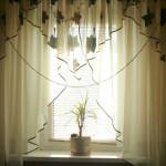 Маленькие шторы на окно своими руками — пошаговая инструкция