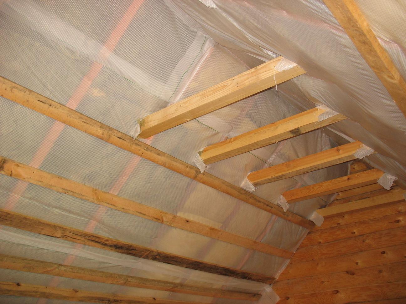 Утепление крыши изнутри