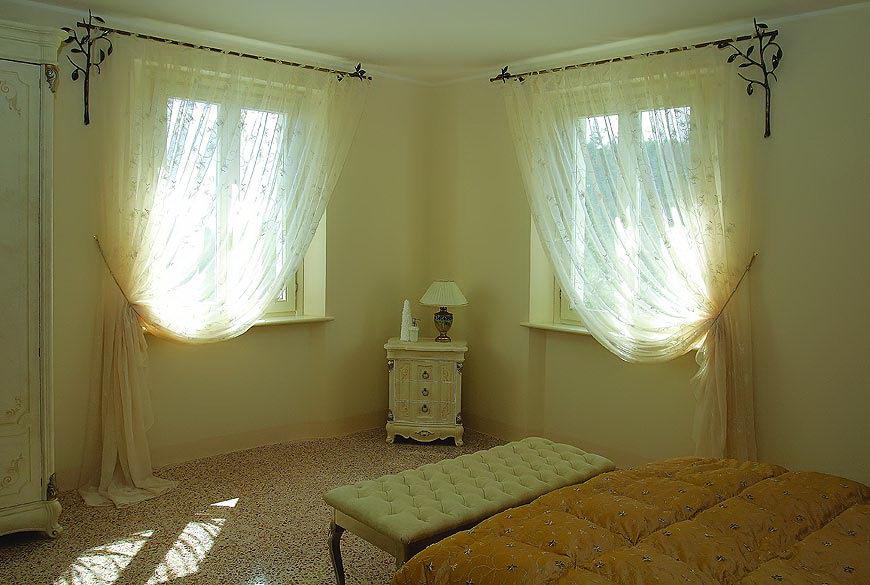 Маленькие шторы на окно