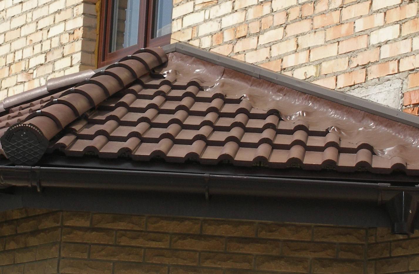 Планка примыкания верхняя и нижняя монтаж узла примыкания кровли к стене здания или дымоходу